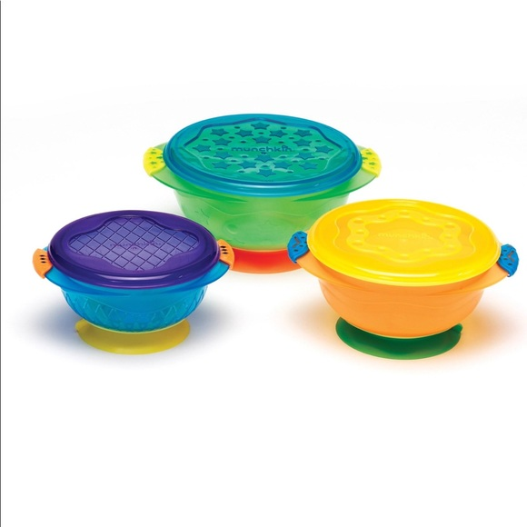 Munchkin Suction Cup Bowls with lids